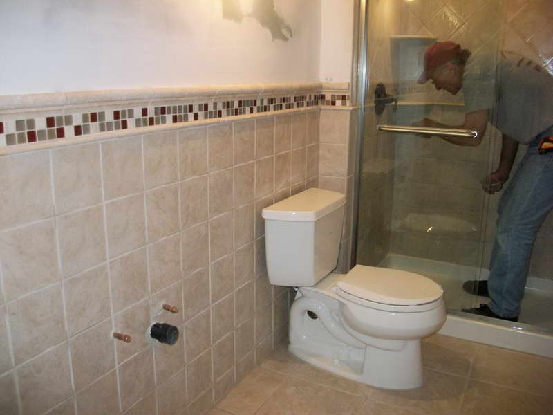 Pictures Of Small Tiled Bathrooms
