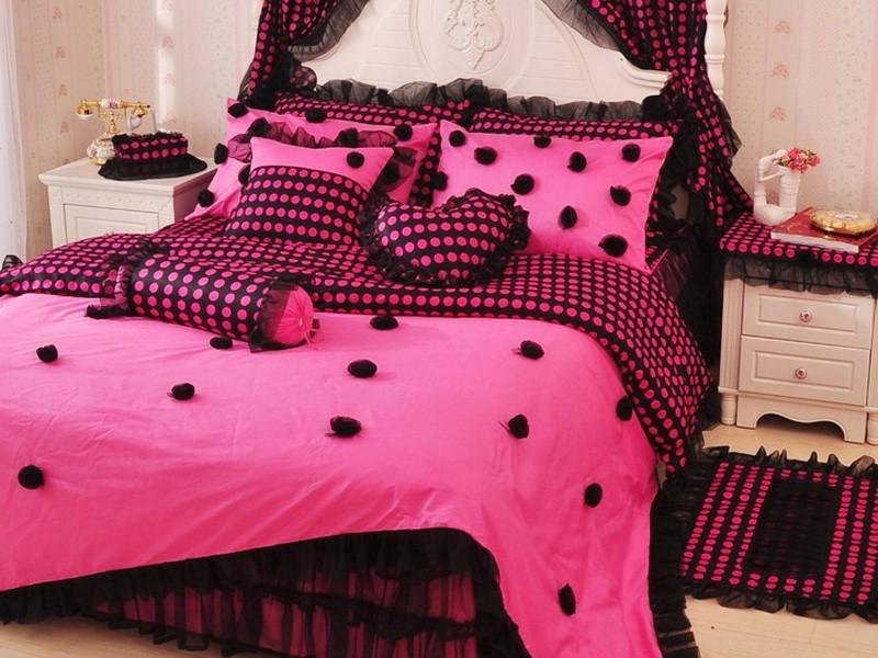 Pink Queen Sheets