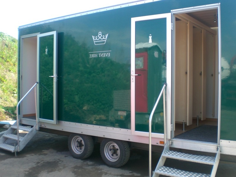 Portable Bathrooms For Weddings