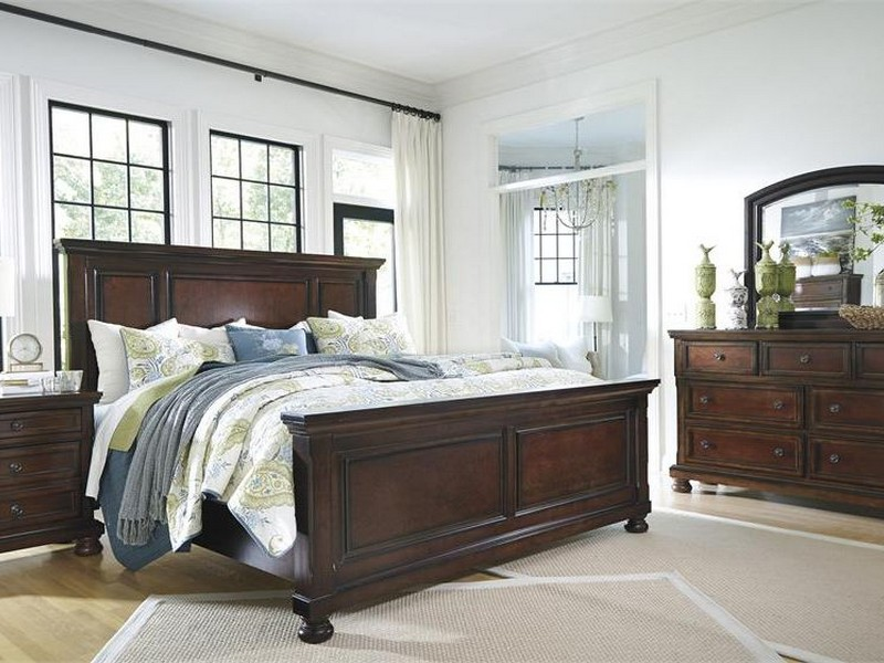 Porter Panel Bedroom Set