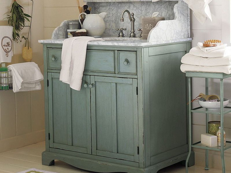 Pottery Barn Bathrooms Book