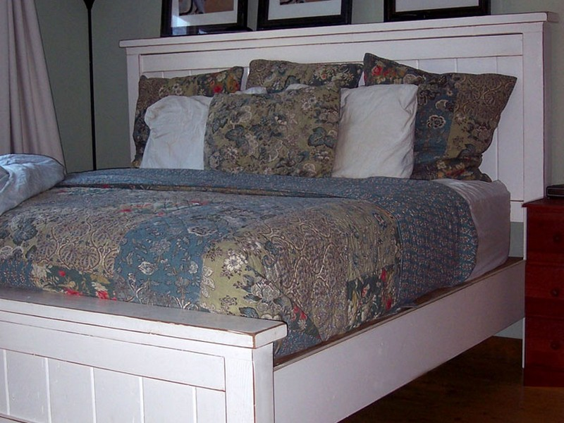 Pottery Barn King Bed