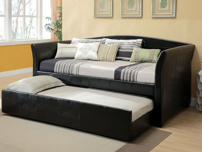 Queen Size Daybed With Trundle