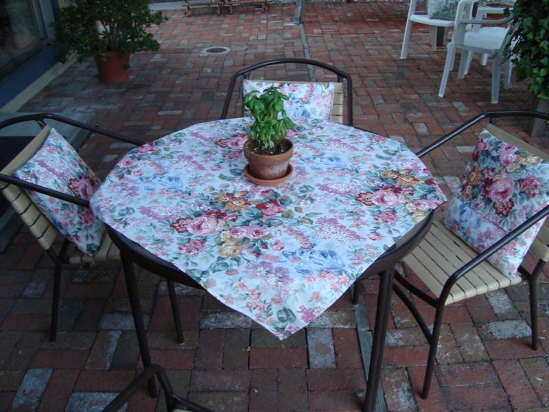 Ralph Lauren Tablecloths Floral