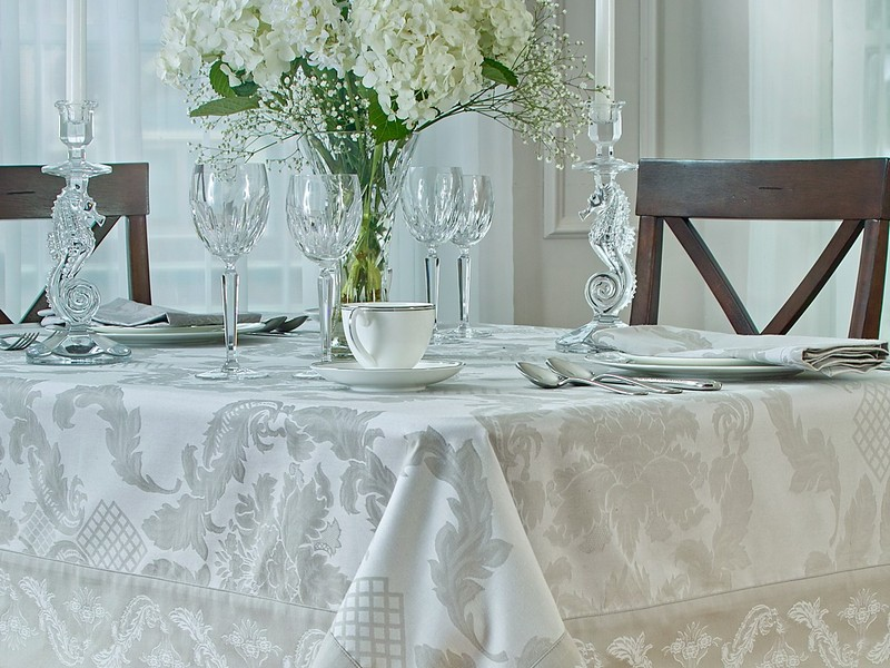 Ralph Lauren Tablecloths Round