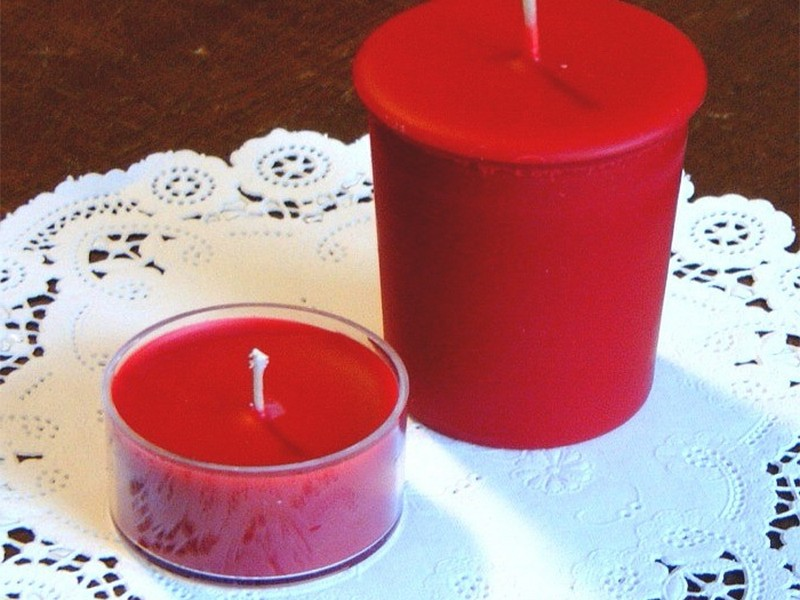 Red Votive Candles Bulk