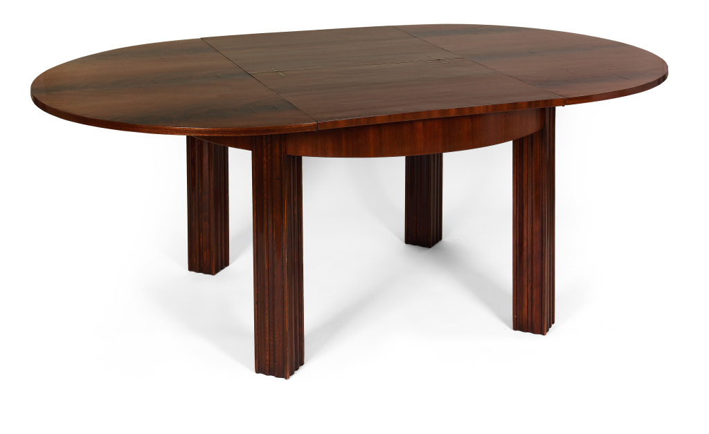 Round Dining Table With Extension Leaves