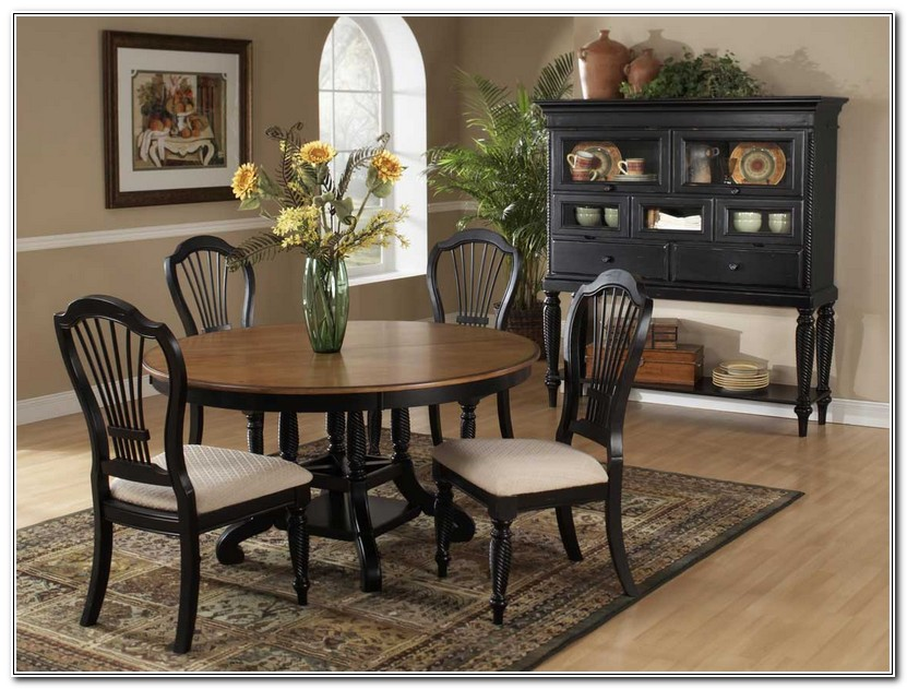 Round Oval Dining Room Tables