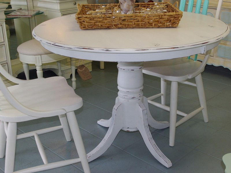 Round White Distressed Dining Table