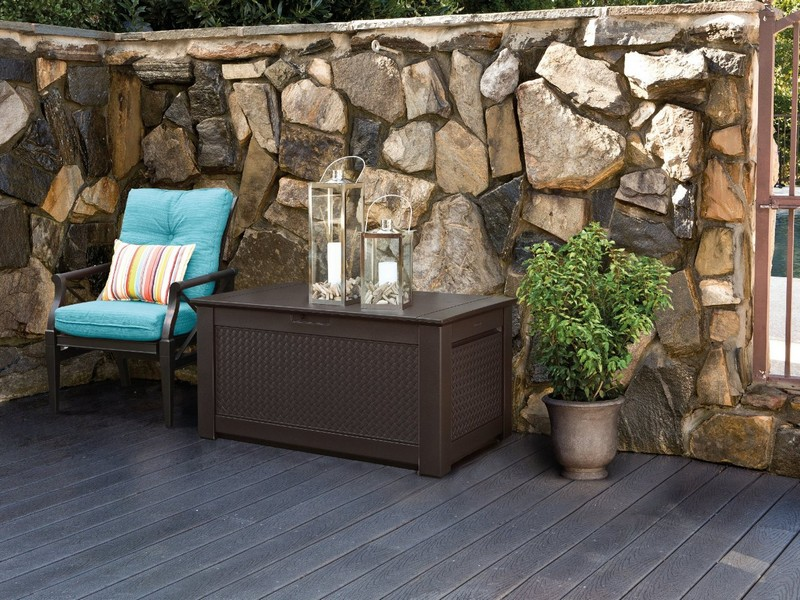 Rubbermaid Outdoor Storage Bench