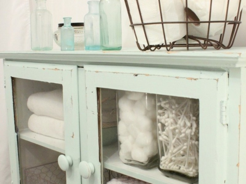 Shabby Chic Bathroom Storage Ideas