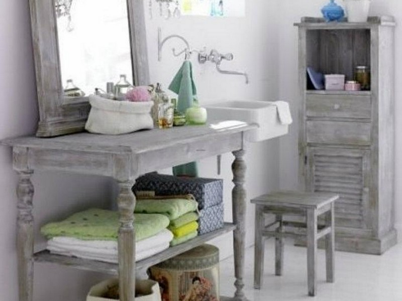 Shabby Chic Bathroom Wall Decor