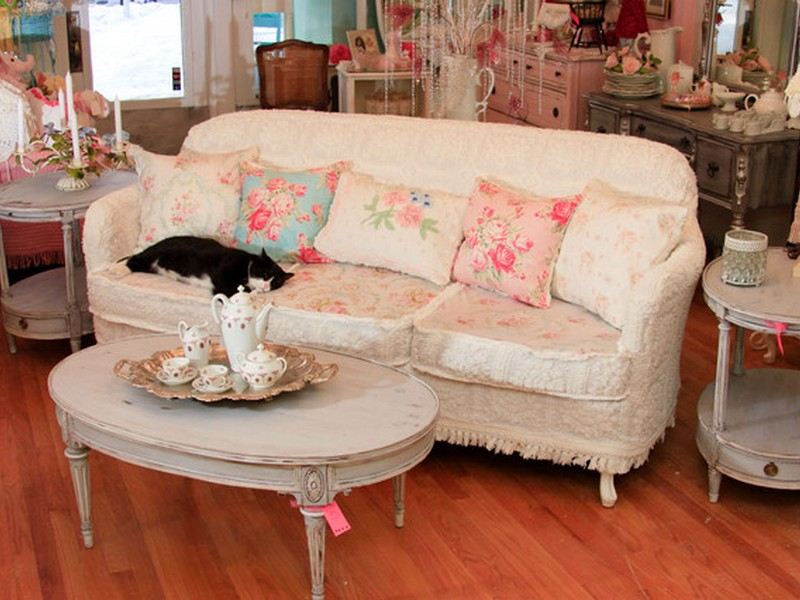 Shabby Chic Couches