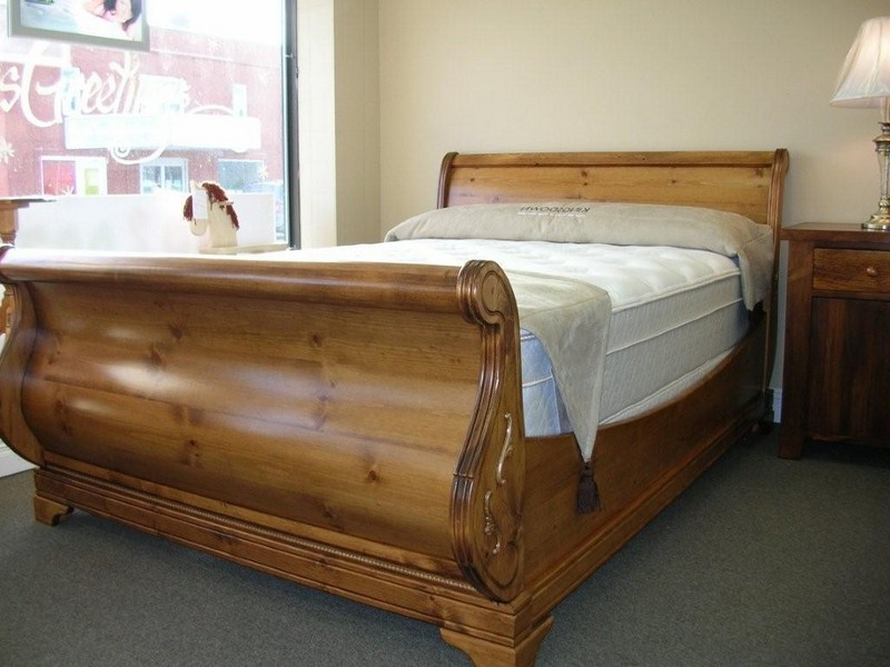 Sleigh Beds Queen Size