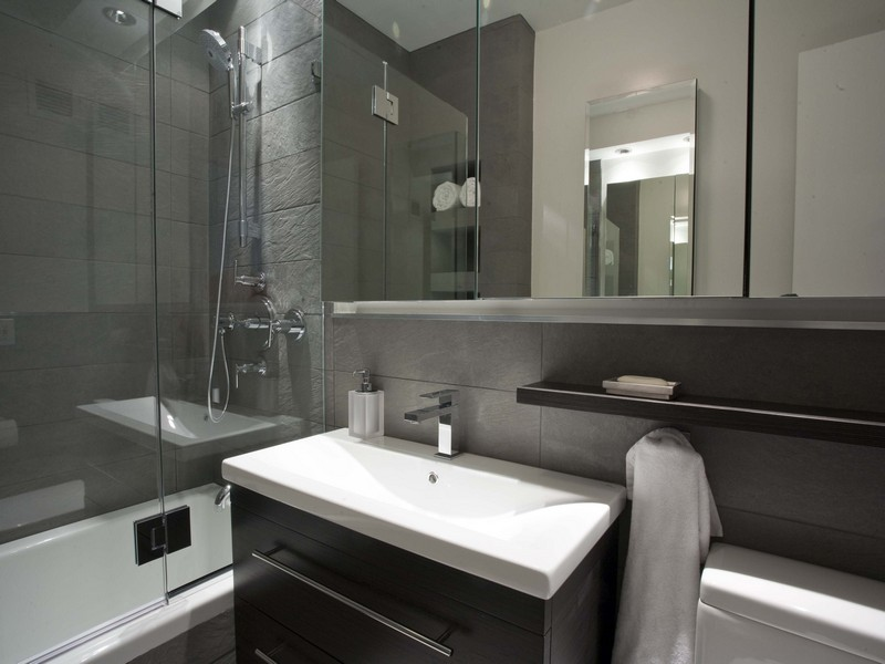 Small Bathroom Remodeling Ideas Gray