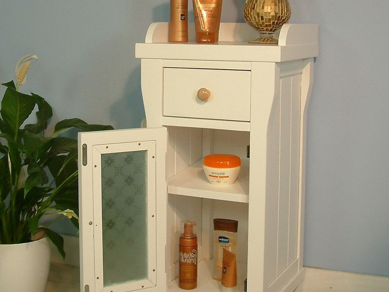 Small Bathroom Shelving Unit