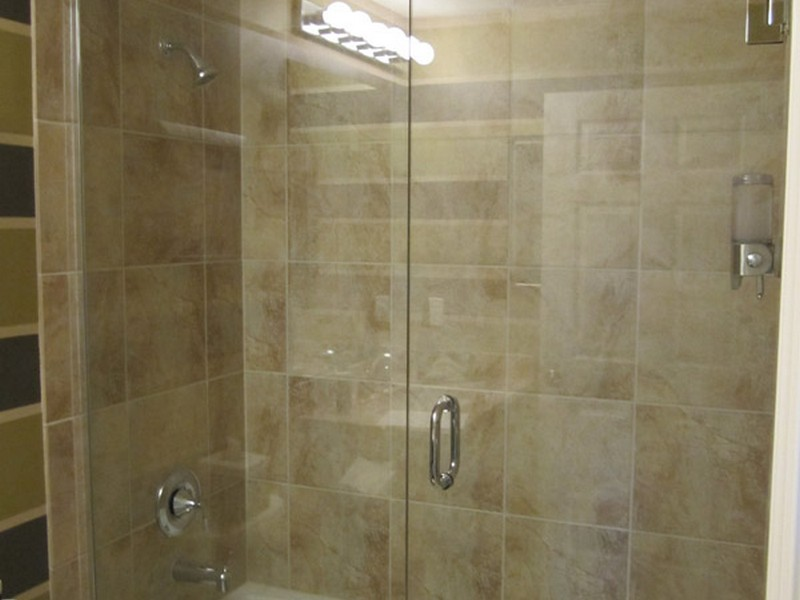 Small Bathroom Shower Enclosures