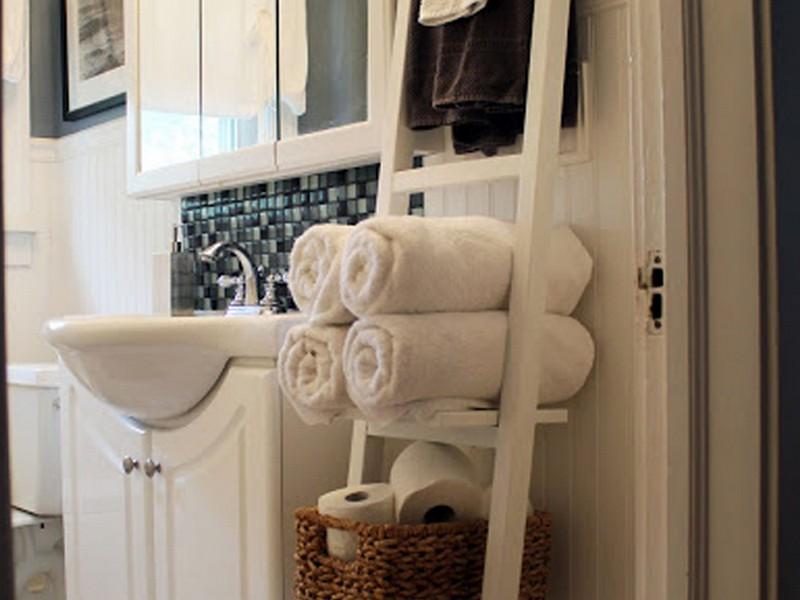 Small Bathroom Towel Rack Ideas
