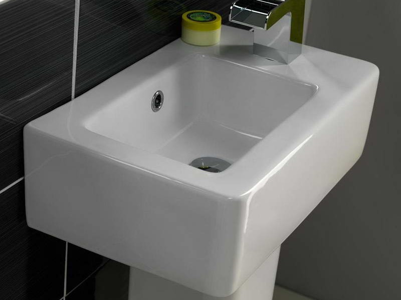 Small Corner Sinks For Small Bathrooms