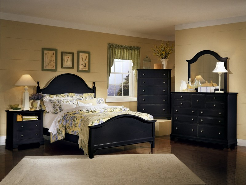 Solid Wood Bedroom Furniture Sets Uk