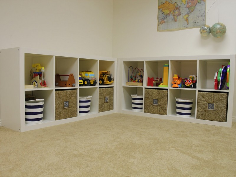 Storage Cubes With Baskets