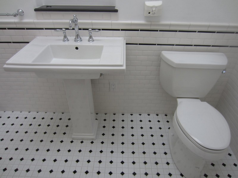 Subway Tile Bathrooms Black And White