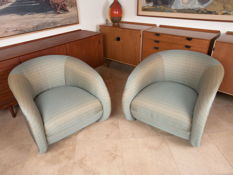 Swivel Club Chairs