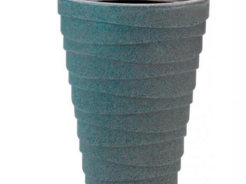 Tall Plastic Plant Pots