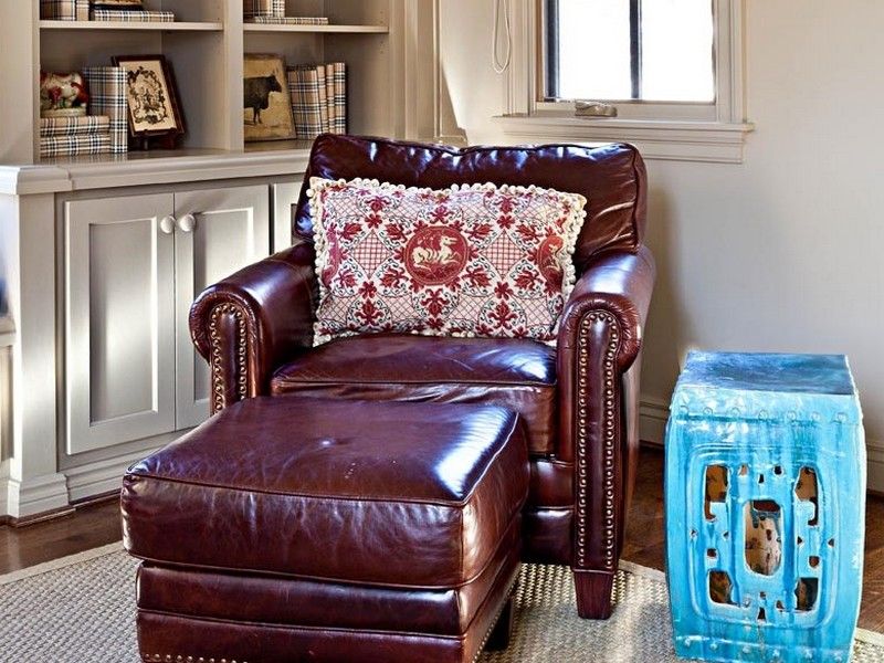 Throw Pillows For Burgundy Sofa