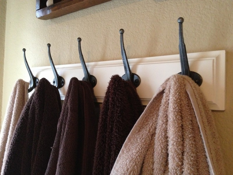 Towel Rack With Hooks For Bathrooms