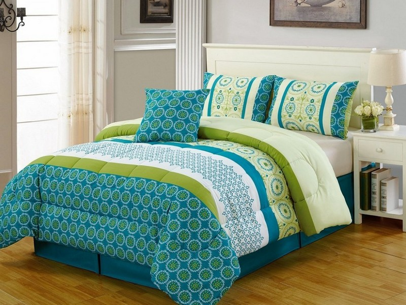 Turquoise And Green Bedding