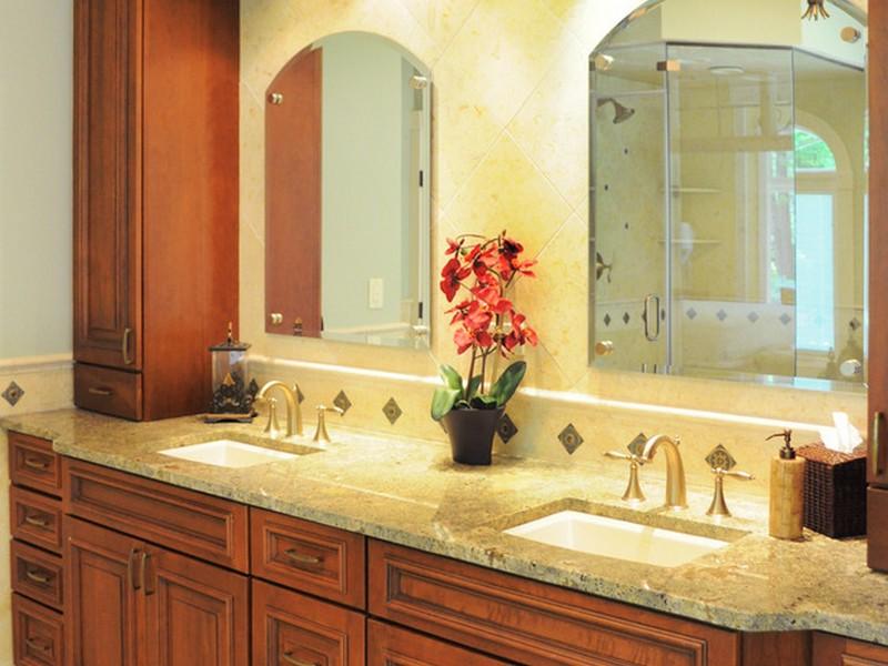 Tuscan Style Bathroom Decor
