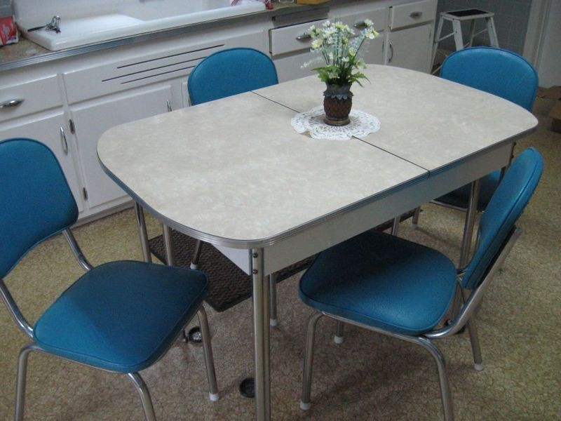 Vintage Chrome Kitchen Table And Chairs