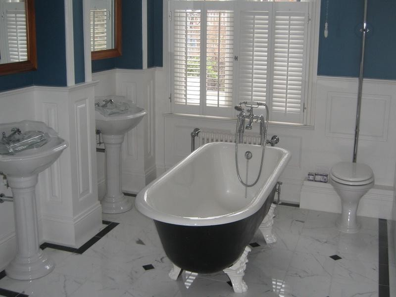Wainscoting Bathroom Blue