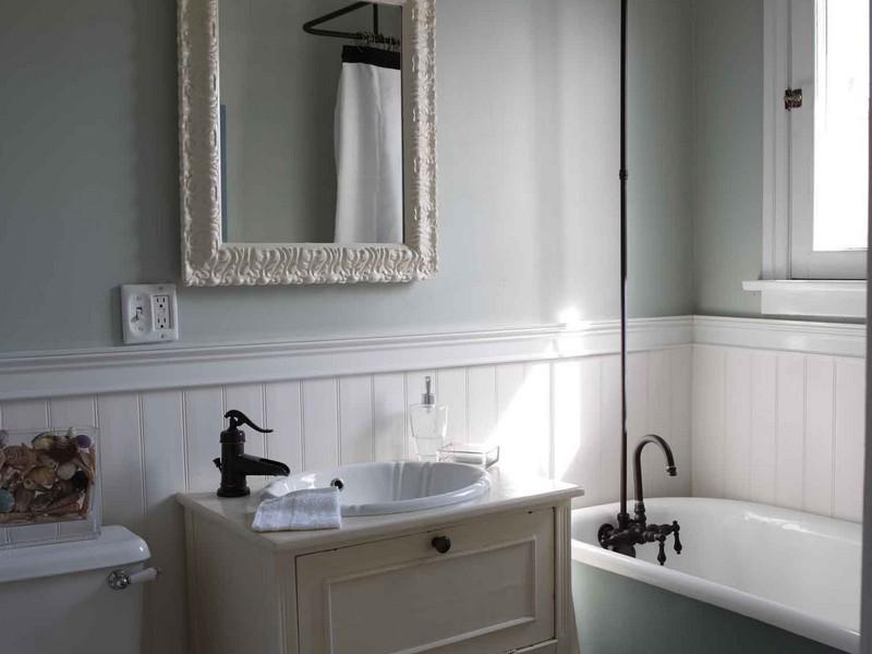Wainscoting Bathroom Ceiling
