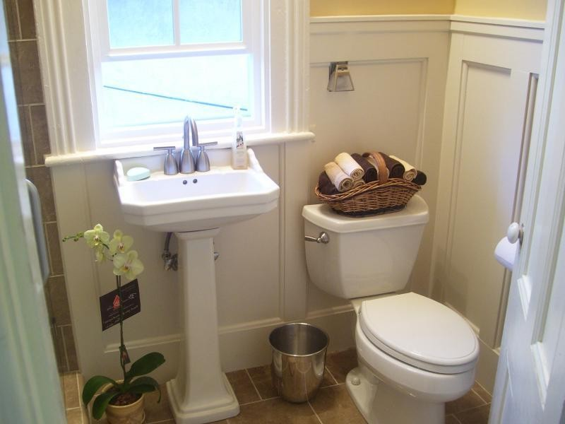 Wainscoting In Bathrooms Photos