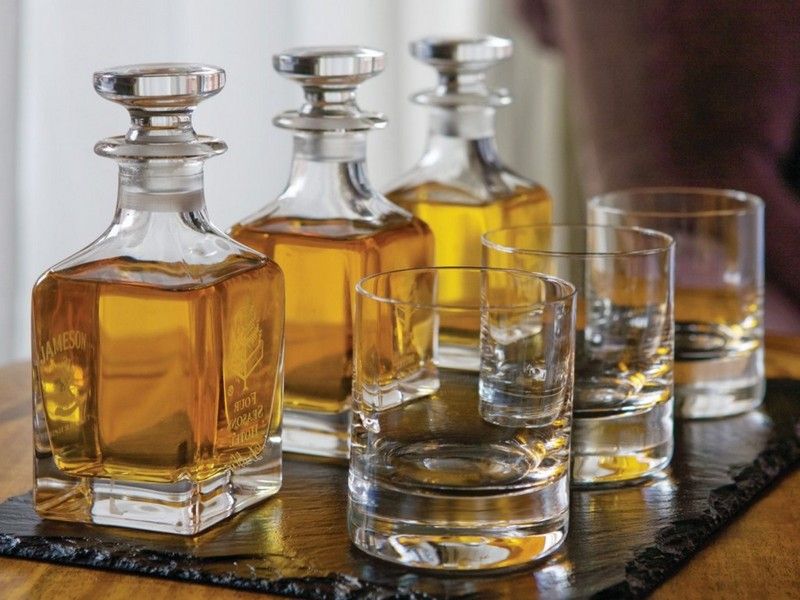 Whisky Decanter Set With Tray
