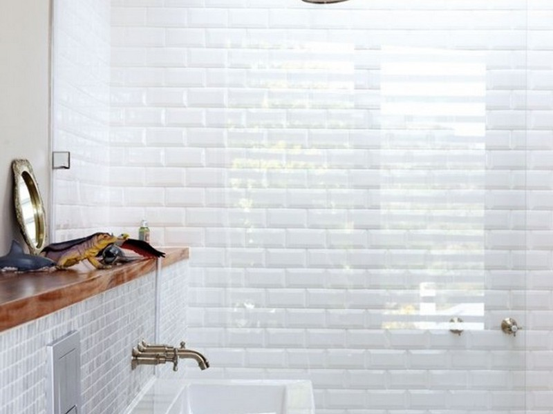 White Bathroom Tile Gallery