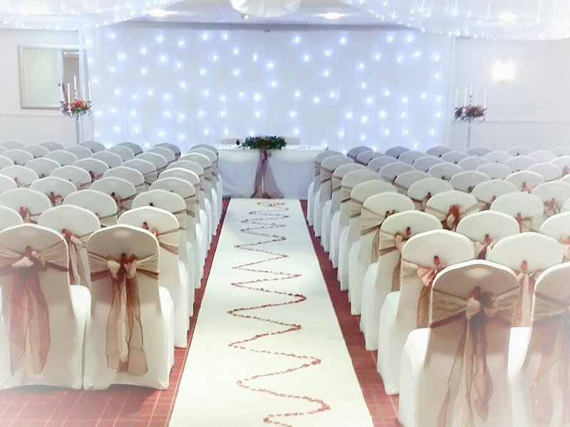 White Carpet Runner Hire