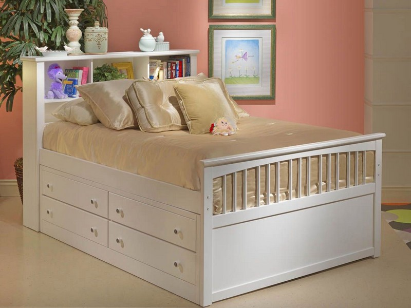 White Queen Sleigh Bed