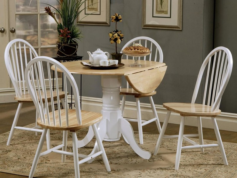 White Round Pedestal Dining Table Set