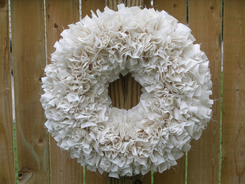 White Wood Curl Wreath