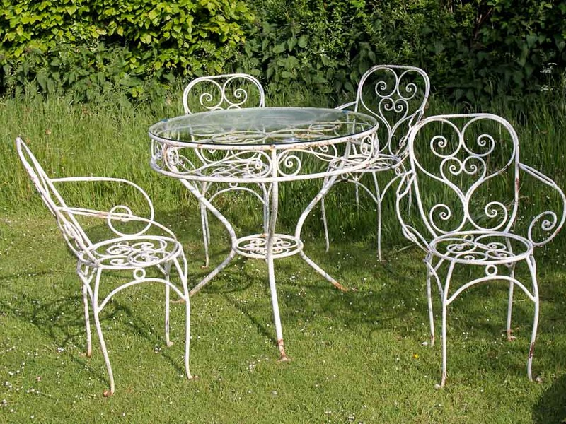 White Wrought Iron Patio Furniture Sets