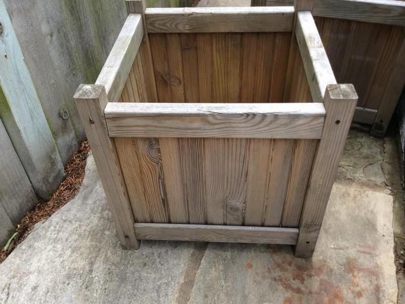 Wooden Barrel Planters Bq