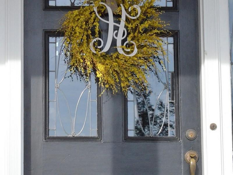 Wreaths For Black Doors